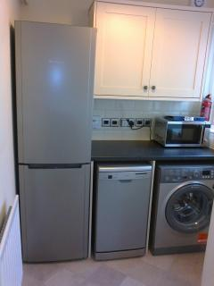 Utility - Fridge/Freezer, Dishwasher, Washer, Microwave