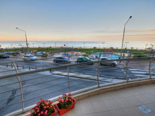 Seafront Apartment - Sliema