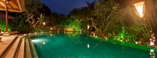 Villa Frangipani Pool by night