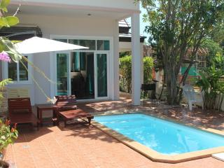 Lagoon Apartment 46 - 3BR Townhouse with pool, Phuket