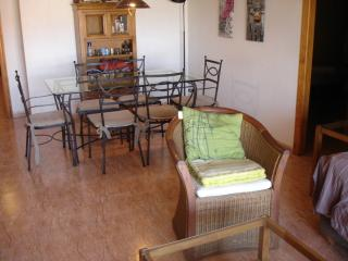Piso de 3 dorm. en el Puerto con piscina y garaje, Roquetas de Mar