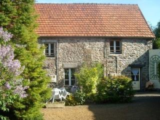 Pretty Gite in peaceful location Normandy WIFI, Hambye