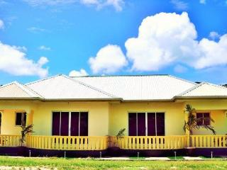 My Ozi Perl New Creole Villas, Amitié