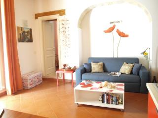 Cheap and charming flat 50m away from the beach