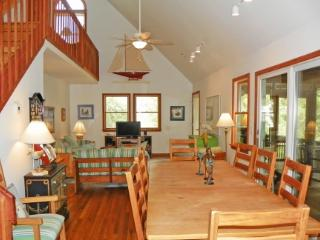 Wavecrest- Beautifully decorated island home, Ocracoke