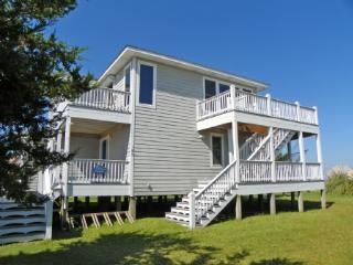Located on Pamlico Sound with Boat Docking. Watch the sunrise from one of many