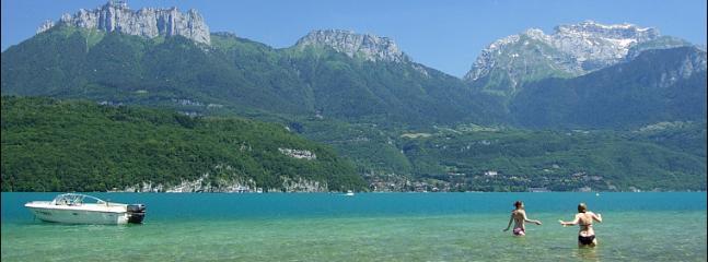 Lac d'Annecy - Plage d'Albigny Location pédalo - voiliers- plongée