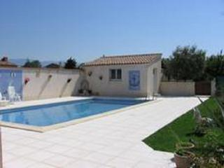 Agréable vacances au soleil  avec piscine privée, Valreas