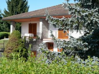 Comignago villa  three bedroom large private gar, Dormelletto