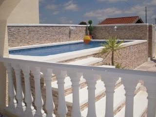Private Luxury Holiday Villa with Pool located between La Marina & San Fulgencio