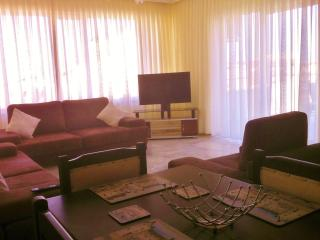 Luxury penthouse in the hills 5 mins from Kusadasi