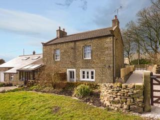 WENNING BANK, charming cottage with WiFi, garden, woodburner, close walking in C