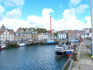 FLOURLOFT, en-suite facilities, harbourside location in Pittenweem, Ref 924733