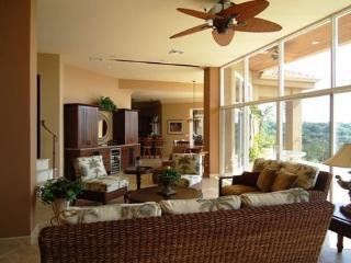Villa Tesoro - Extraordinary Luxury with 2 Private, Playa Panamá