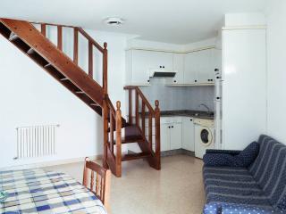 Duplex..... 3 habitaciones, 2 banos. Isla de Arousa 5 personas.