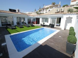 Villa 3 bed with private pool air con, free Wi-Fi