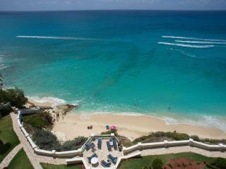 SKYWALKER...gorgeous oceanfront condo on St Maarten's