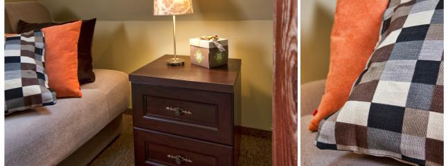 Relaxing Chocolate-Lime Double Bedroom en suite with bathroom