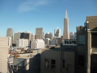 3 Bedroom with views atop Telegraph Hill, San Francisco