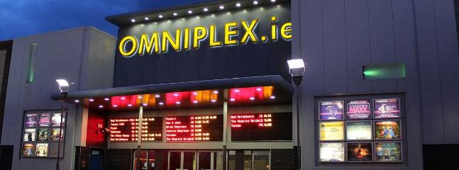 The Omniplex and entertainment area is nearby.