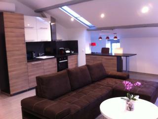 Duplex 100 m2 centre ancien Frejus