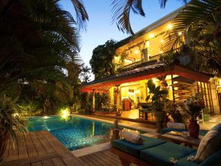 4 bedroom villa Kaja Seminyak
