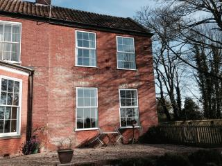 Glebe Farm Holiday Cottages - Glebe Farm Cottage, Frettenham