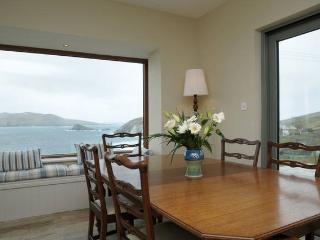 Slea Head Rental. Wake up to the sound of the sea. Sleeps 10