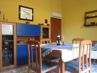 ComeinSicily-Al Teatro 1bedroom apartment &terrace, Taormina