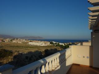 Stunning 3 Bed Villa, Pool,Nr Beach, Air con, WiFi, Puerto de Mazarron