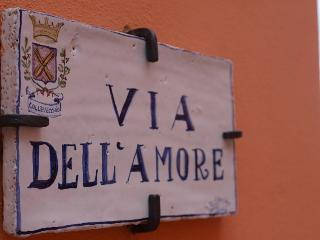 Old Hill - Via Dell'Amore, Montorio al Vomano