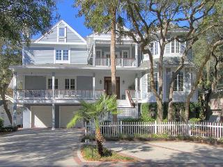 66 Dune Lane-2nd Row Ocean & 5 Bedrooms w/ Pool & Hot Tub, Hilton Head