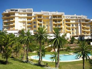 La Cala beach 10 min walk.Tourism Reg No: VFT/MA/06284 Ground floor apartment.