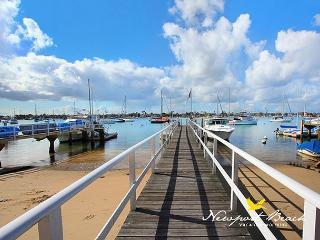 South Bayfront Beauty - Serene & Spectacular Balboa Island 5 BR, 4.5  BA Home, Newport Beach