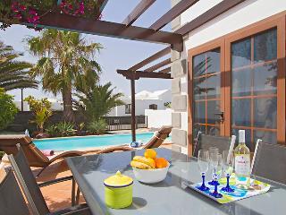 Villa Isabella - Parque del Rey, Playa Blanca