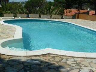 Villa with private pool & garden. Sea Views, L'Escala