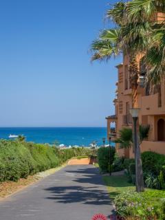 Los Granados apartment with sea views