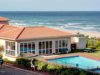 2 La Mer (High Ground Floor), Illovo Beach