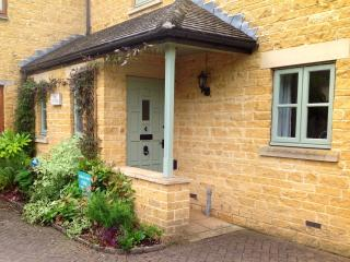 Pine Cottage, Broadway Village, Cotswolds