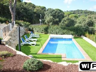 Villa Papillon, 8 persons, privat pool, wifi, Calonge
