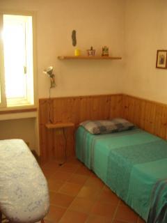 camera con 1 letto e altro letto estraibile