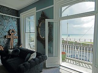 Regency townhouse with panoramic sea views, Hastings