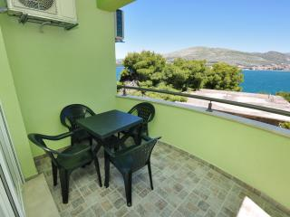TH00703 Apartments Kelam / A3 Two bedrooms, Okrug Donji
