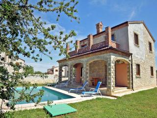 TH00467 Luxury Villa Astoria A1, Cabrunici