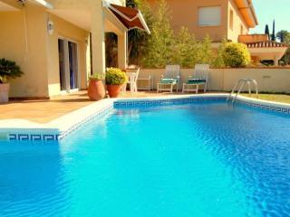 Villa con piscina y jardin, Tossa de Mar