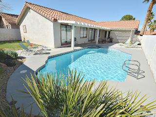 Private Pool, Spa, Pool Table, WIfi! NV7705, Las Vegas