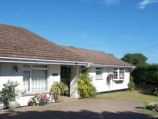 Lovely spacious family home Nr Padstow with pretty gardens, views and parking