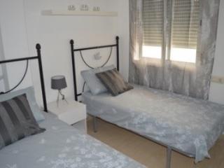 Beautiful 2 bedroom (sleeps 6) Apartment, Turre