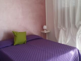 B&B Villa Hibiscus Apartment Violetta with balcony, Giardini Naxos