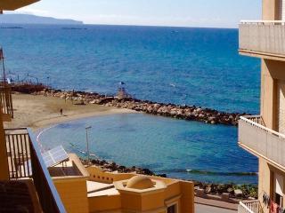 Appartamento La Dimora Siciliana fronte mare, Trapani